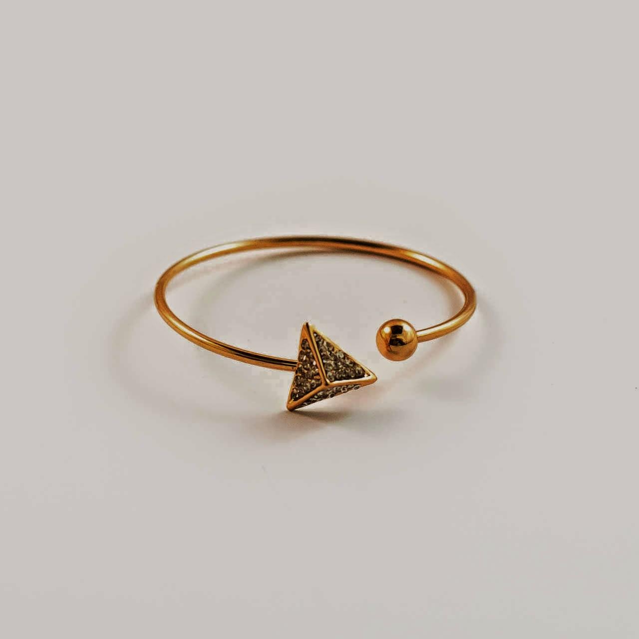 Pop_the_Bubble_bracelet_triangle_gold